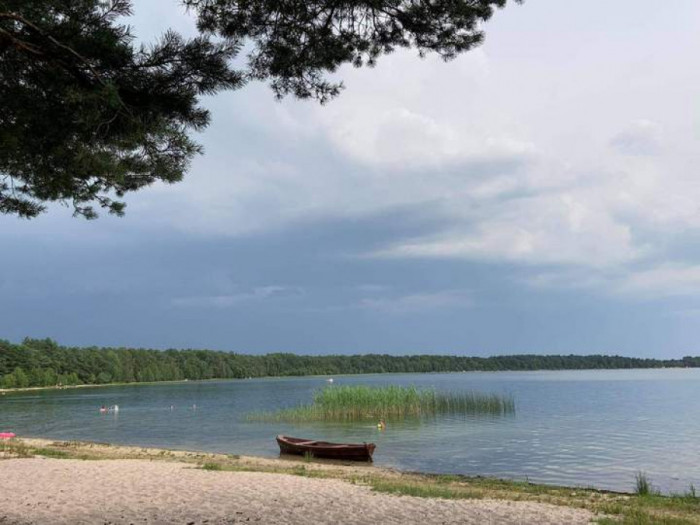 Пляж в урочищі Гряда на озері Світязь