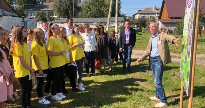 У Ратному відбулася обласна виїзна еколабораторія для школярів