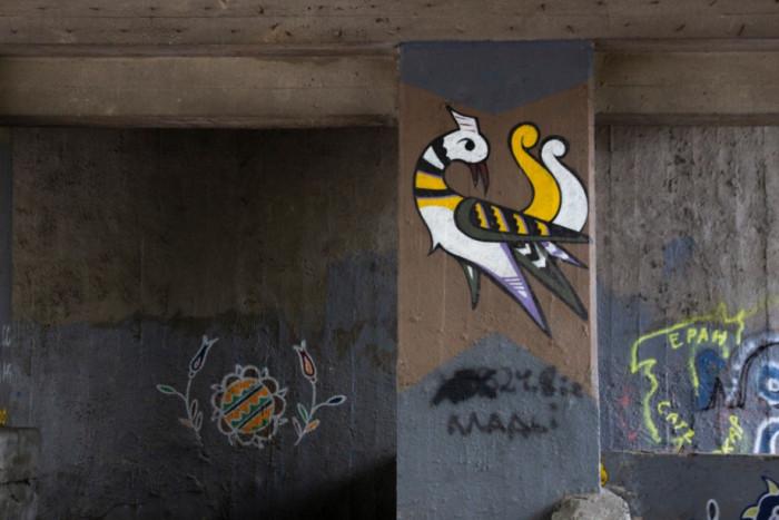 Картина кримськотатарського кераміста та художника Рустема Скібіна у Києві